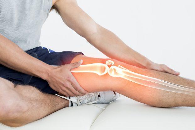 Болит сустав при сидении